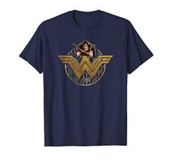 Wonder Woman Movie Power Stance and Emblem T Shirt von DC Comics
