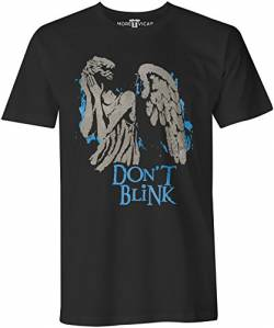 Don't Blink - Herren Dr Who T Shirt von More T Vicar