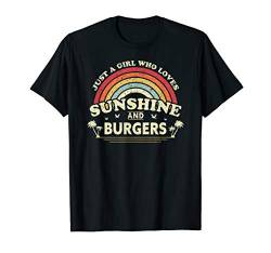 Burger Shirt. A Girl Who Loves Sunshine and Burgers T-Shirt von Pack A Punch