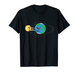 Love Earth and Moon T-Shirt Happy Stars Planets Space Orbit von Wowsome!